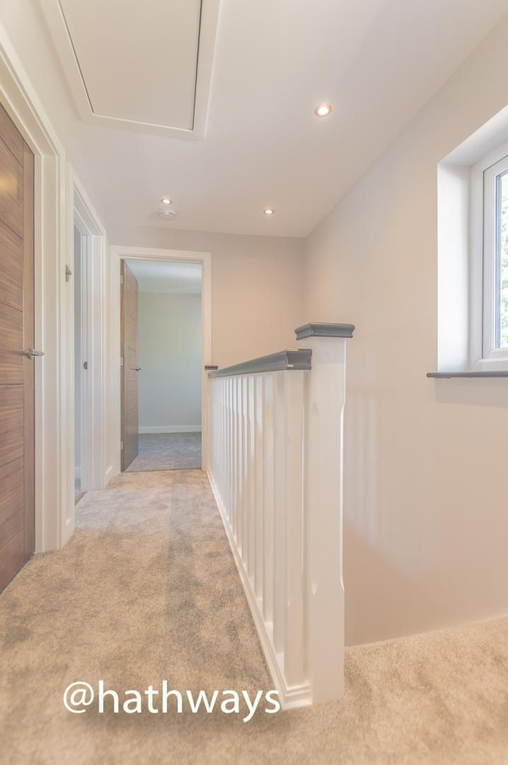 3 bed house for sale in Garw Wood Drive 38