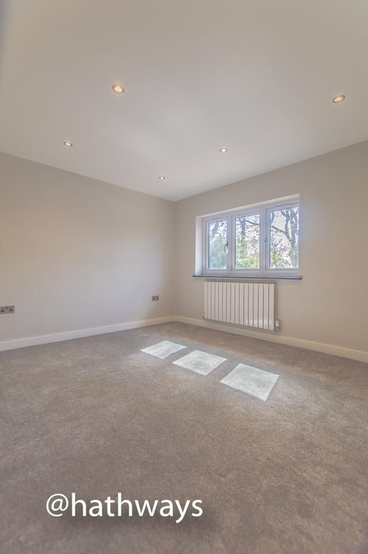 3 bed house for sale in Garw Wood Drive 40