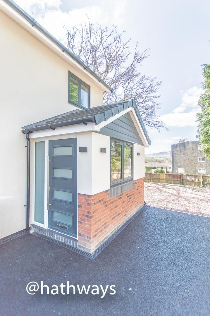 3 bed house for sale in Garw Wood Drive 54