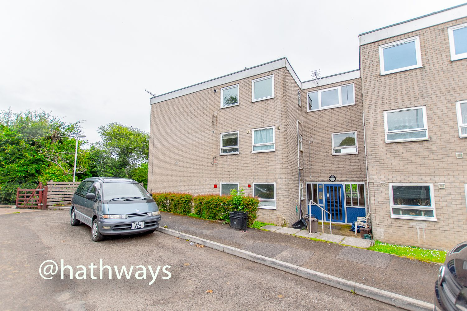 2 bed flat for sale in Greenhill Road, NP4