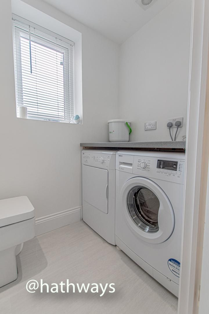 4 bed house for sale in Queens Hill Crescent 22
