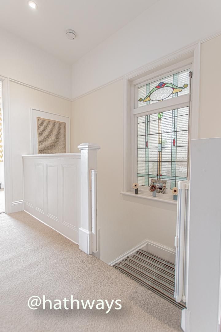 4 bed house for sale in Queens Hill Crescent  - Property Image 25