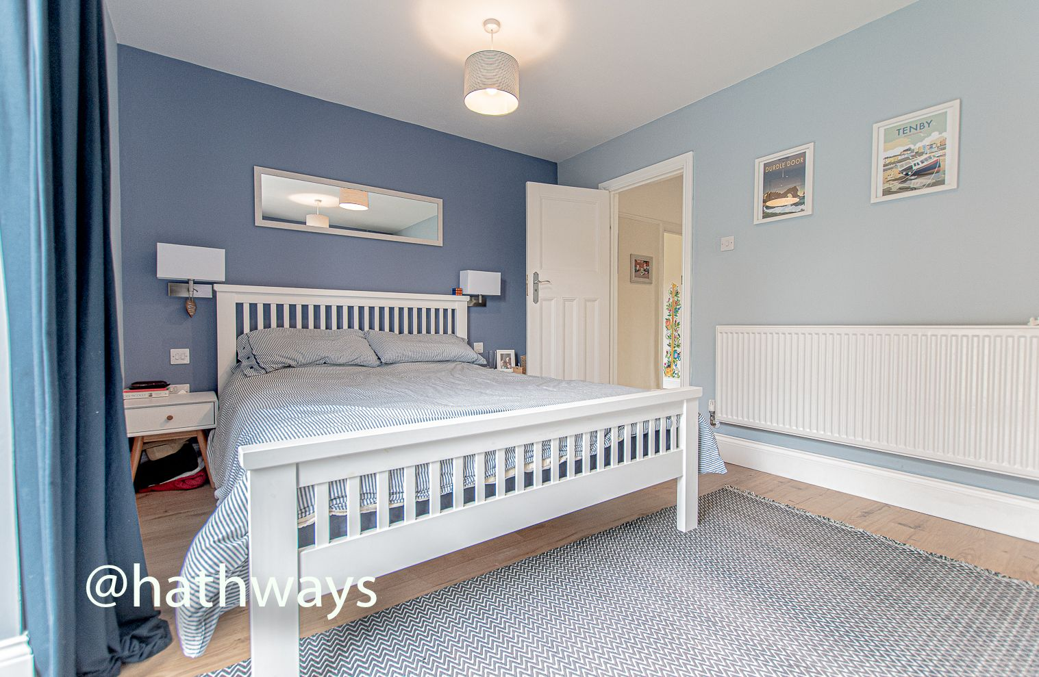 4 bed house for sale in Queens Hill Crescent 32