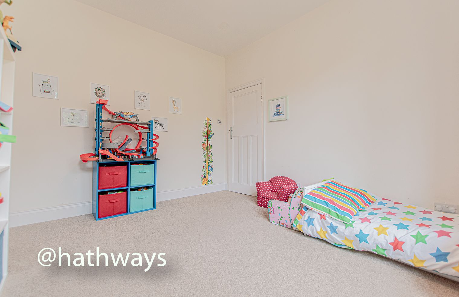 4 bed house for sale in Queens Hill Crescent  - Property Image 39