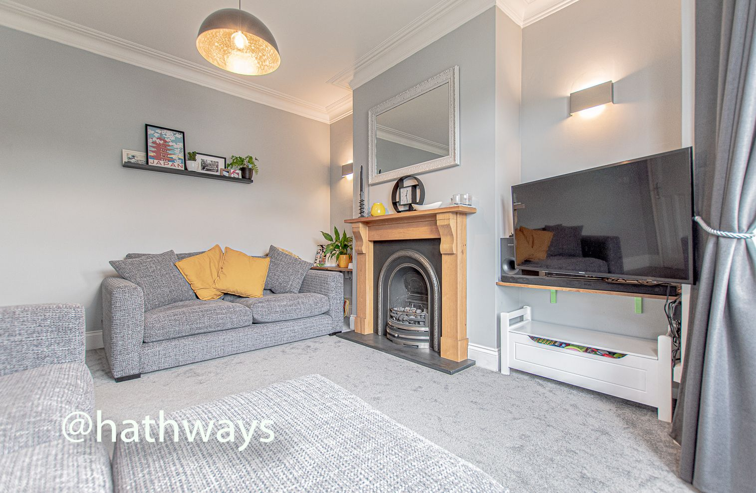 4 bed house for sale in Queens Hill Crescent 5