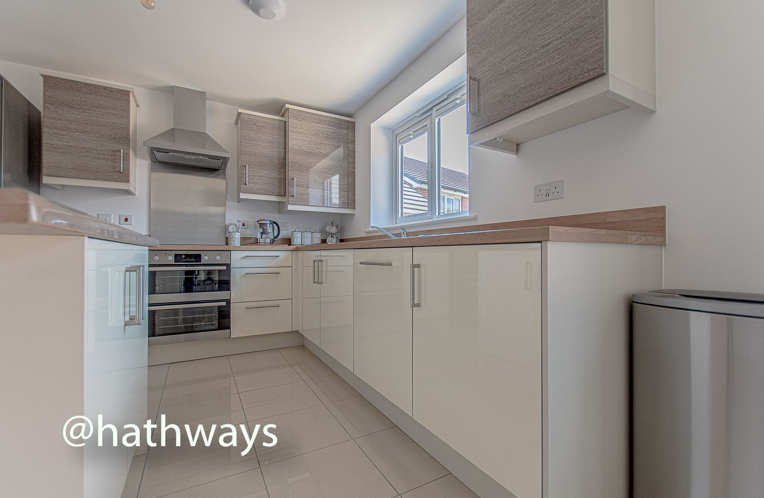 4 bed house for sale in Cwrt Celyn  - Property Image 12