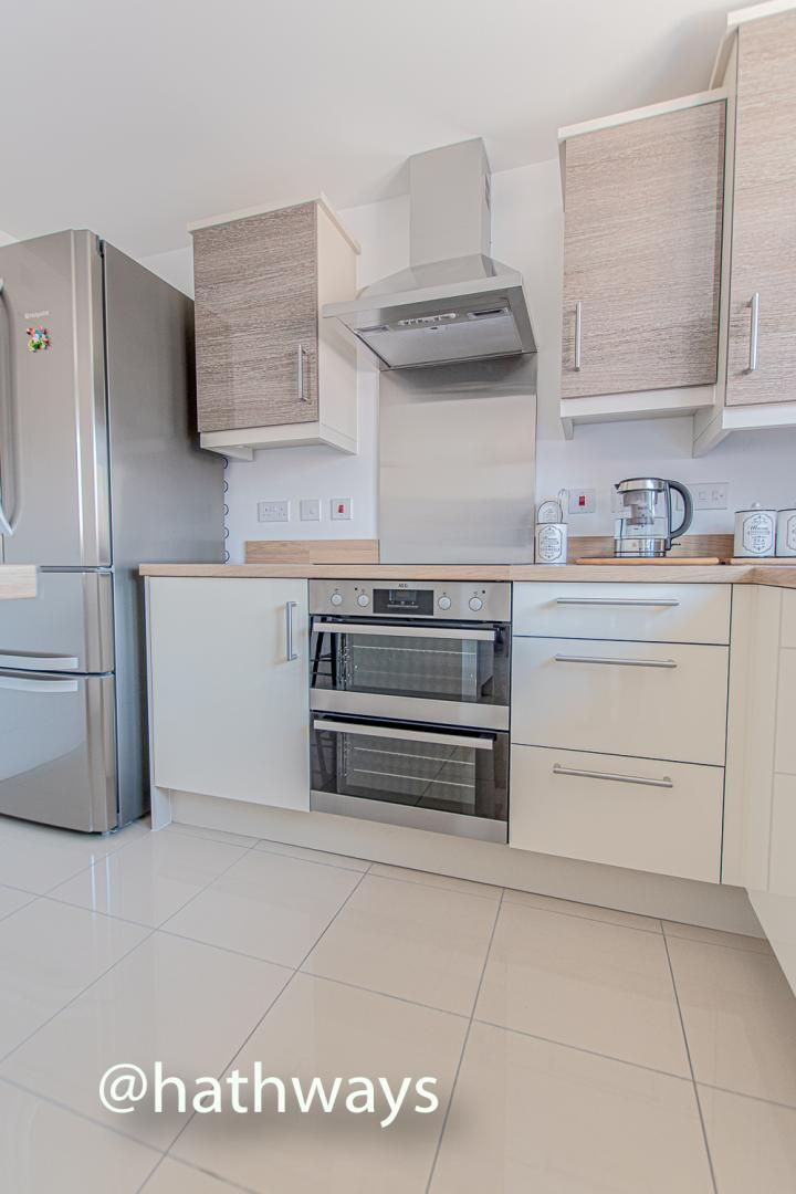 4 bed house for sale in Cwrt Celyn 14