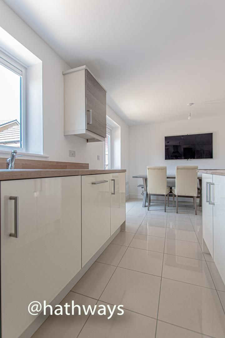 4 bed house for sale in Cwrt Celyn  - Property Image 17