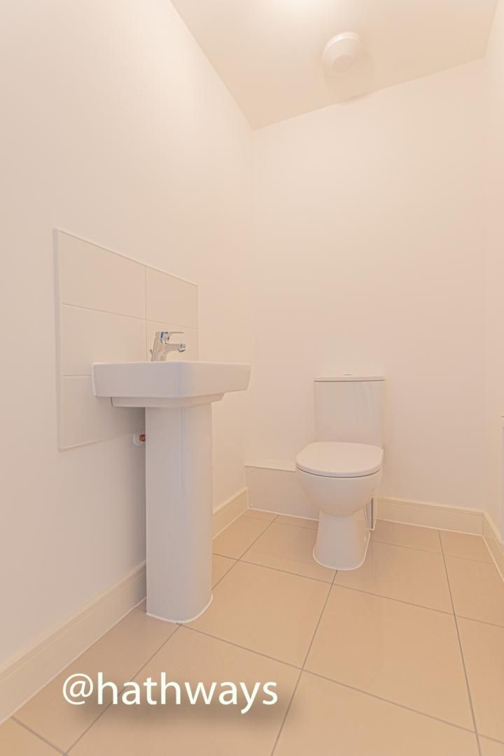4 bed house for sale in Cwrt Celyn 4