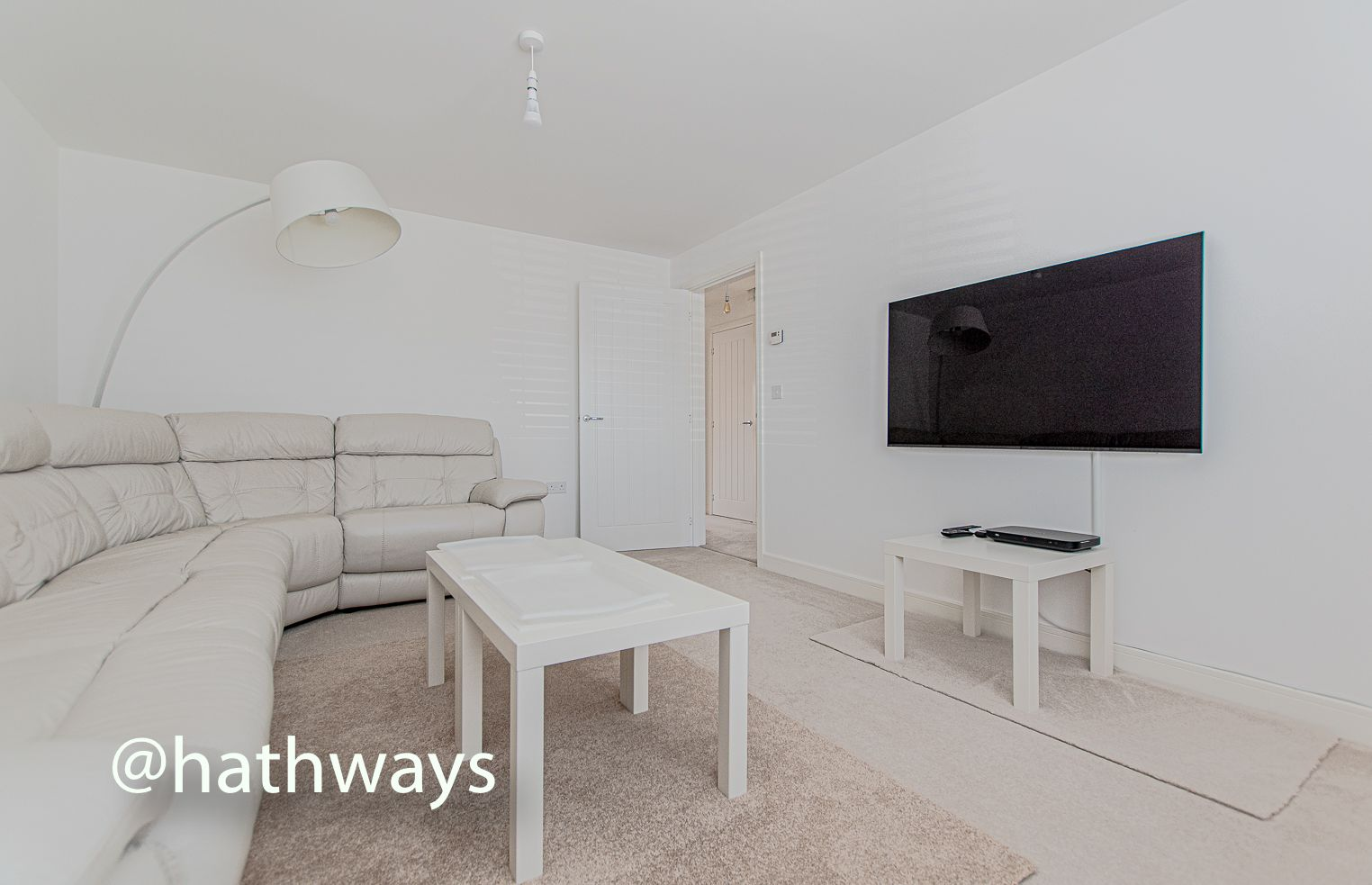 4 bed house for sale in Cwrt Celyn 7
