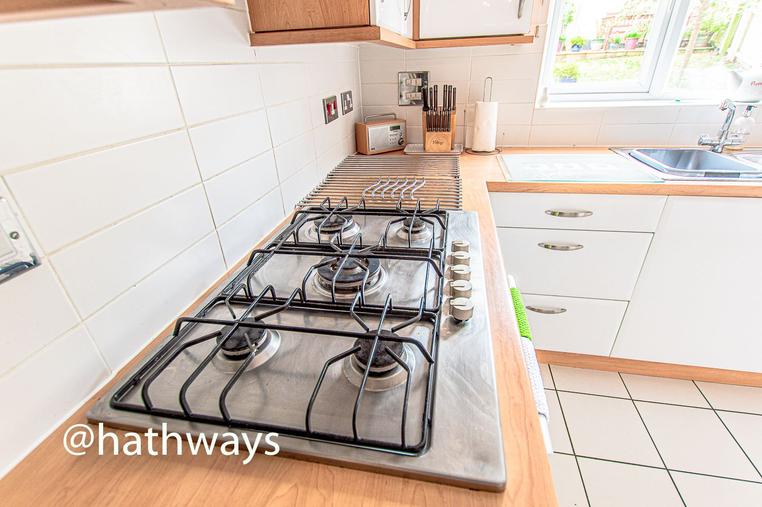 4 bed house for sale in Ladyhill Road 14