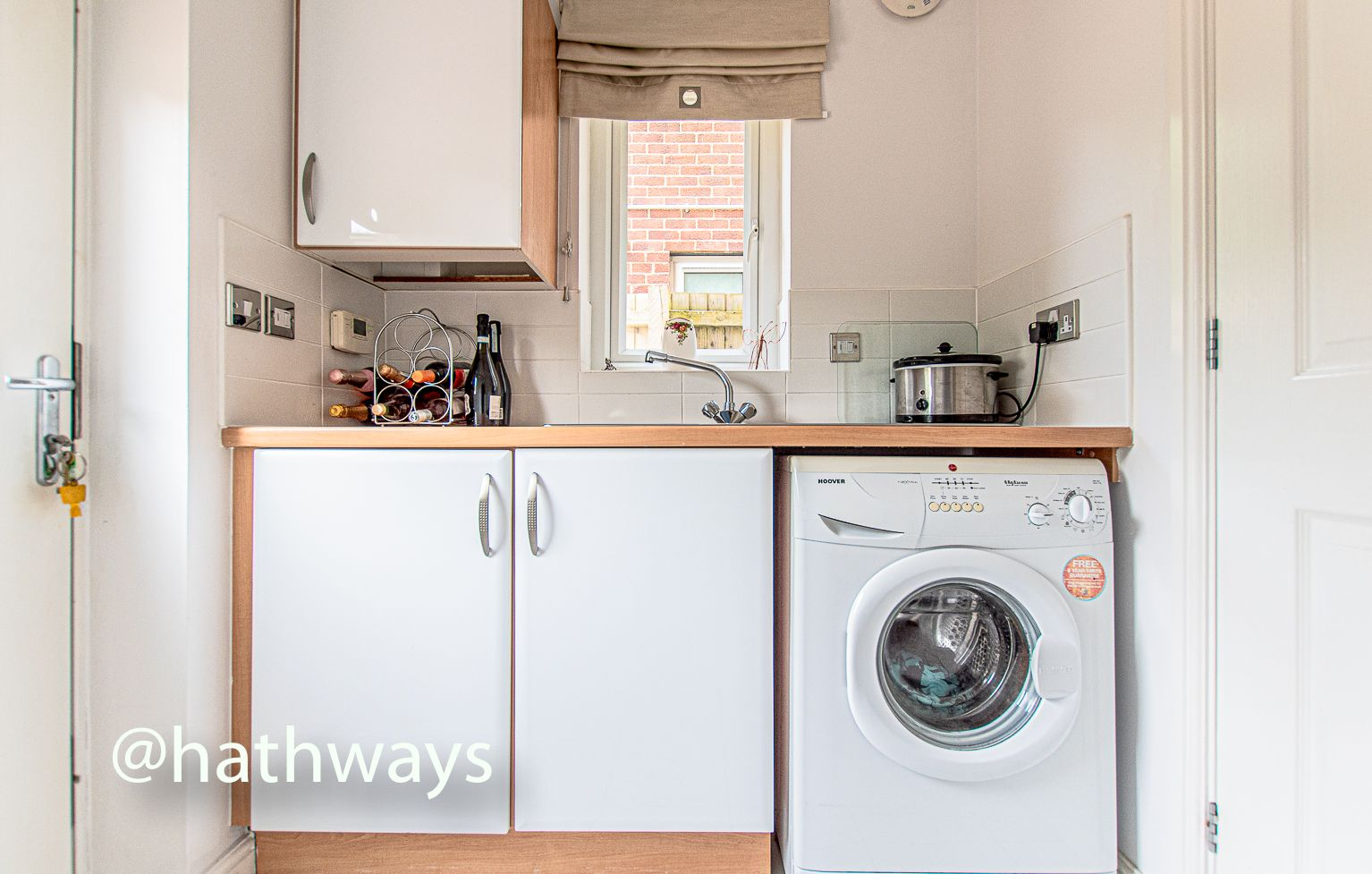 4 bed house for sale in Ladyhill Road 18