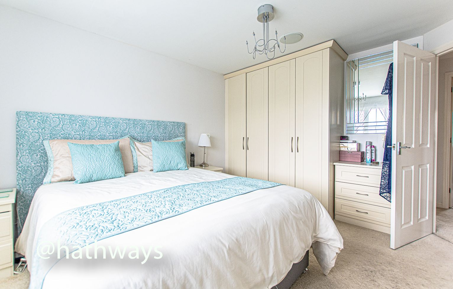 4 bed house for sale in Ladyhill Road 23