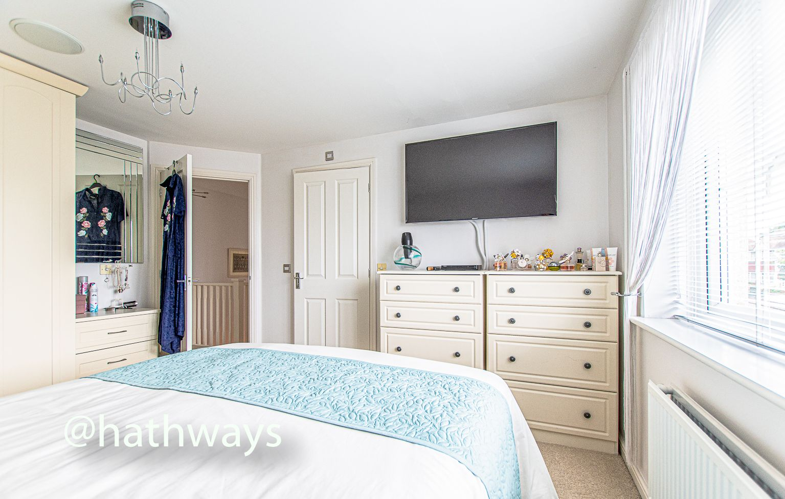 4 bed house for sale in Ladyhill Road 25
