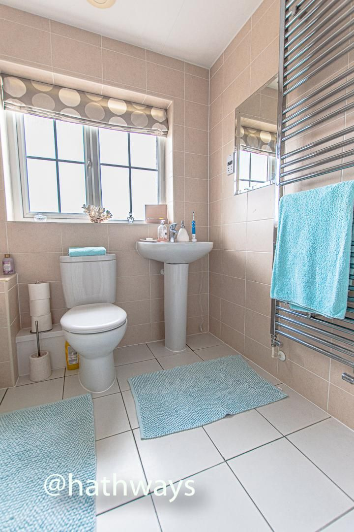 4 bed house for sale in Ladyhill Road 36