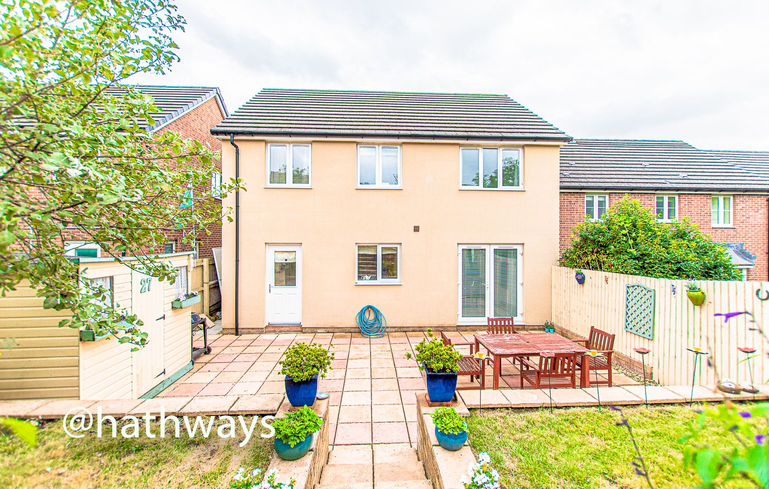 4 bed house for sale in Ladyhill Road 45