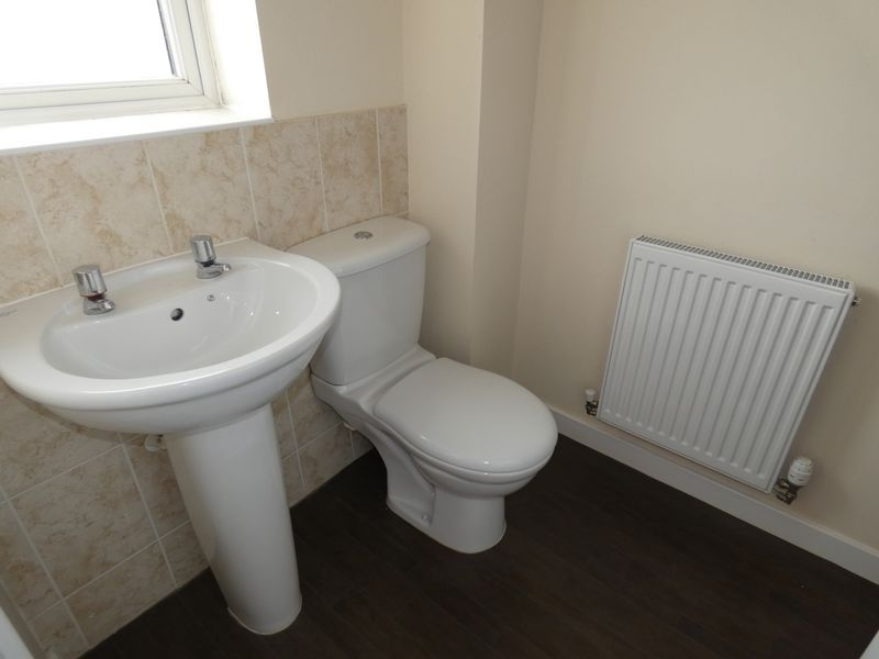 3 bed  to rent in Hudson Grove 11