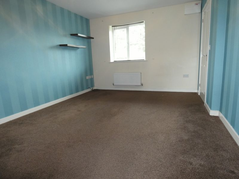 3 bed  to rent in Hudson Grove 5