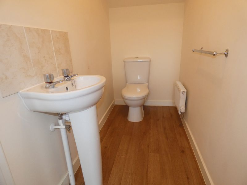 3 bed  to rent in Hudson Grove 7