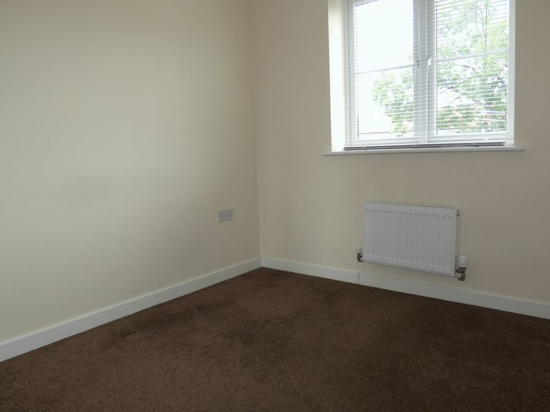 3 bed  to rent in Hudson Grove 8