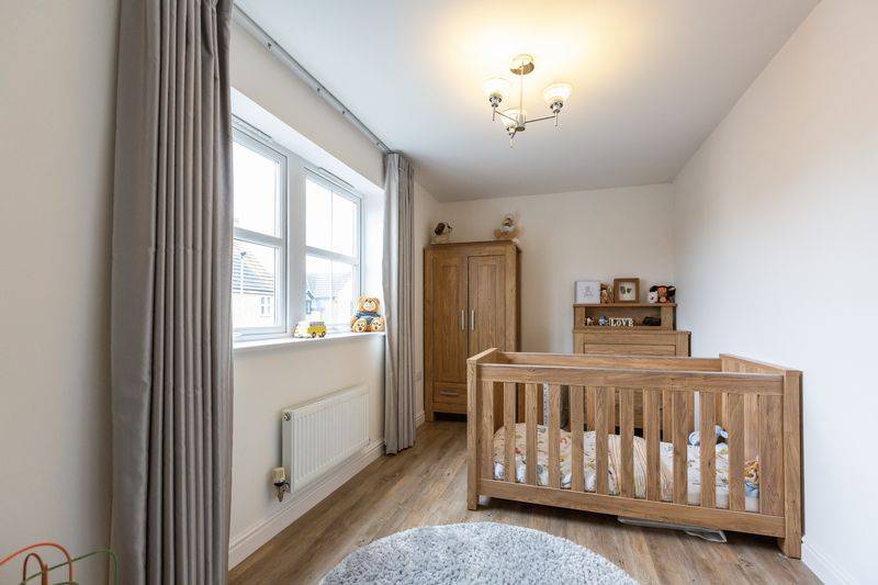 4 bed house for sale in Shackleton Way  - Property Image 17