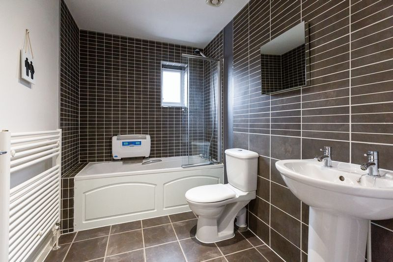 4 bed house for sale in Shackleton Way 20