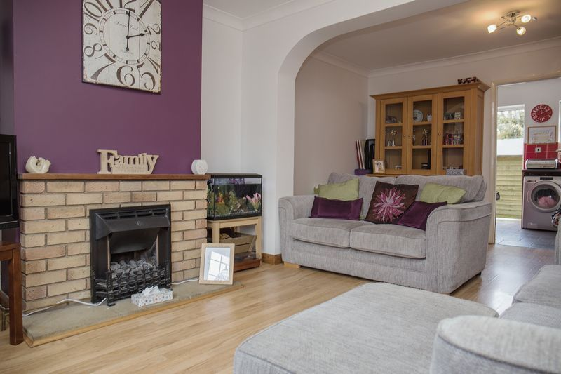 2 bed house for sale in Montagu Road  - Property Image 1