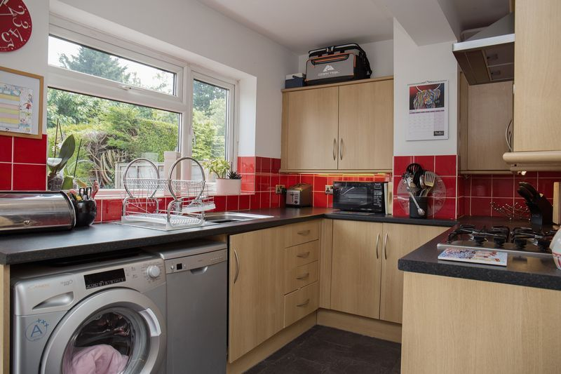 2 bed house for sale in Montagu Road  - Property Image 5