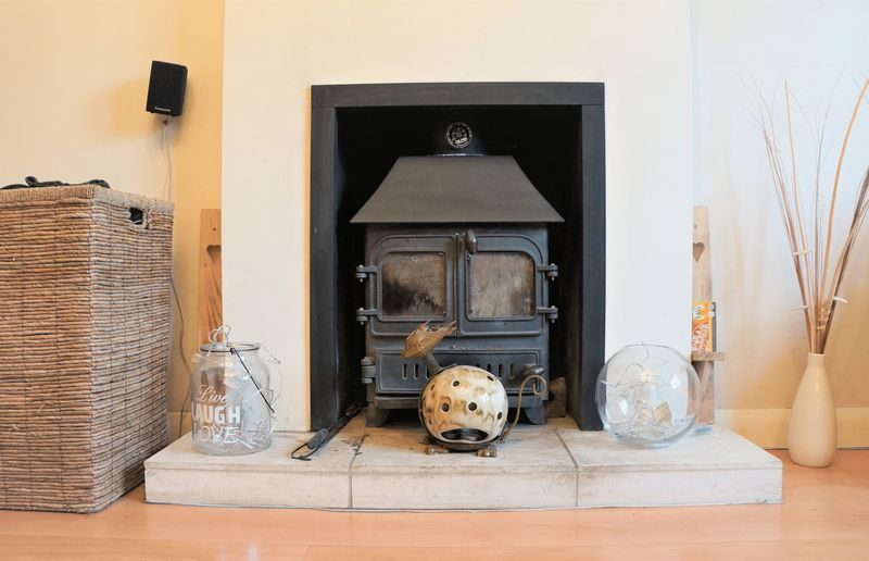 3 bed bungalow for sale in Little Common Lane  - Property Image 6