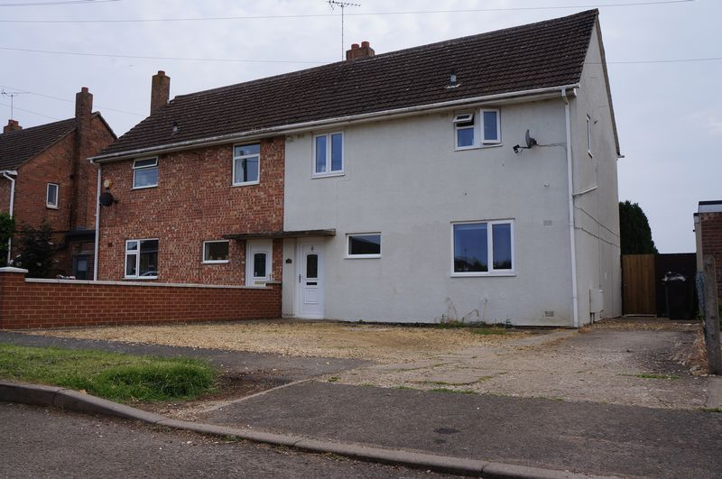 3 bed  for sale in Lancaster Way  - Property Image 2