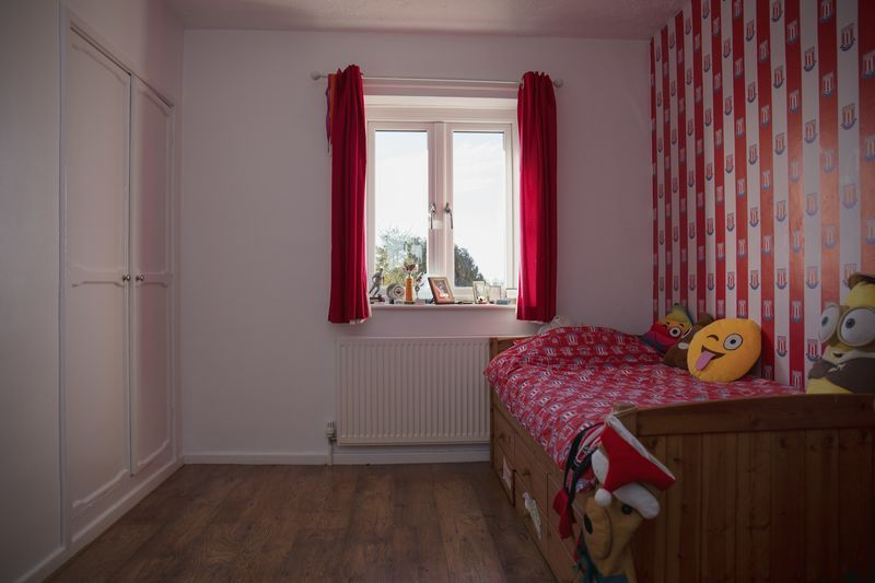 3 bed  for sale in Lancaster Way  - Property Image 11