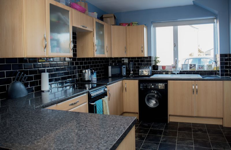 3 bed  for sale in Lancaster Way  - Property Image 4