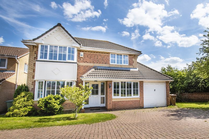4 bed house for sale in Park Farm Way 2