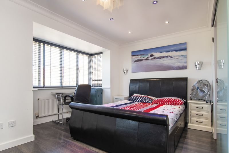 4 bed house for sale in Park Farm Way  - Property Image 14
