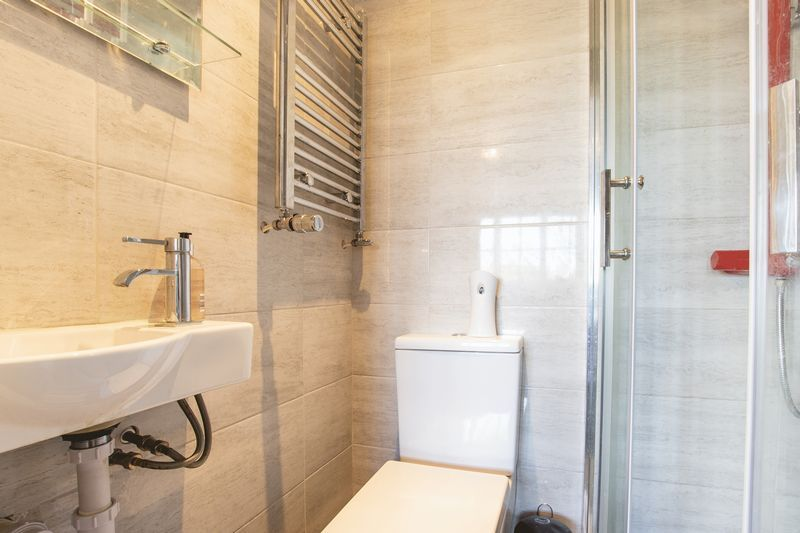 4 bed house for sale in Park Farm Way  - Property Image 19