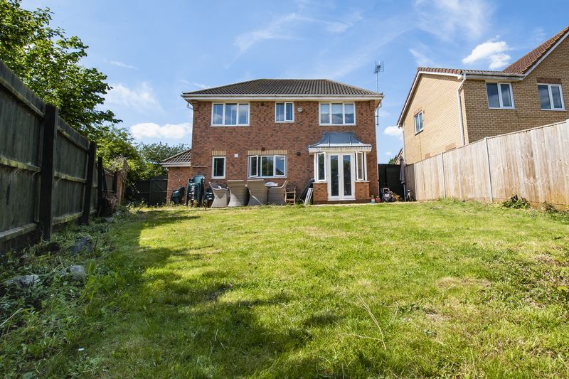 4 bed house for sale in Park Farm Way  - Property Image 24