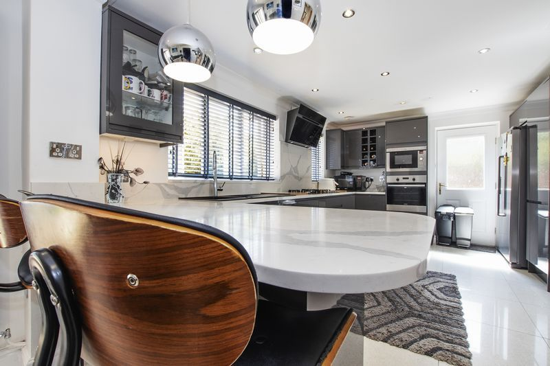 4 bed house for sale in Park Farm Way  - Property Image 6