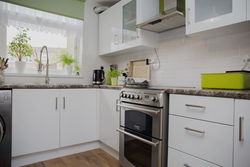 3 bed  for sale in Pittneys 4