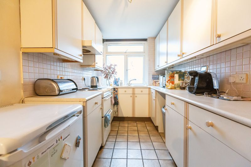 2 bed flat for sale in Stanwick Court 6