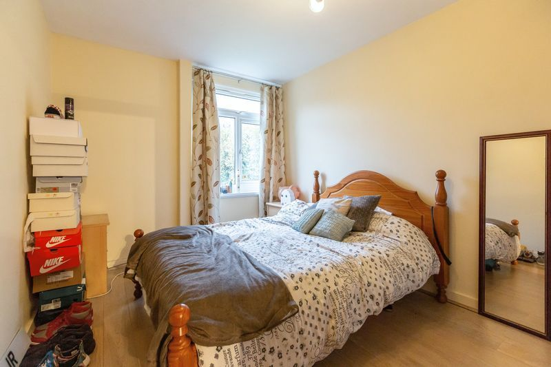 2 bed flat for sale in Stanwick Court  - Property Image 8