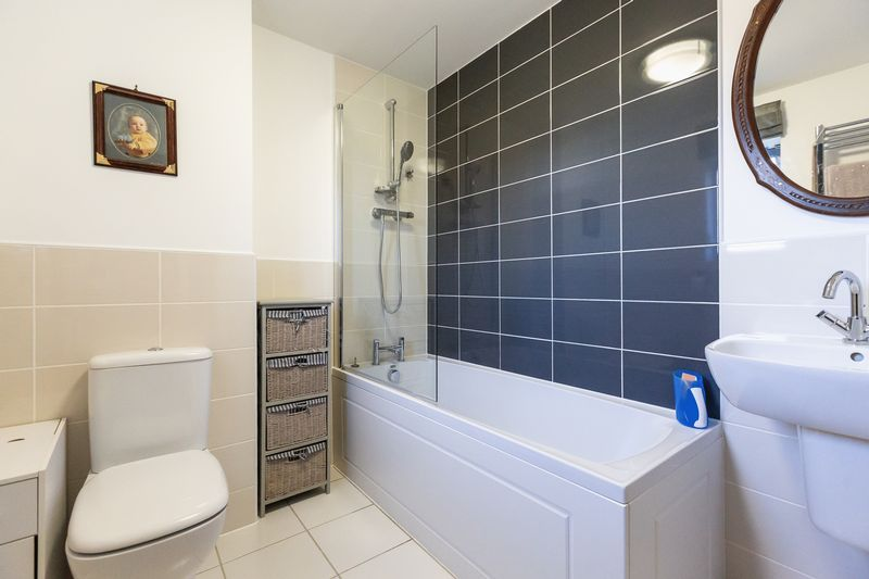 4 bed house for sale in Winsor Crescent  - Property Image 21