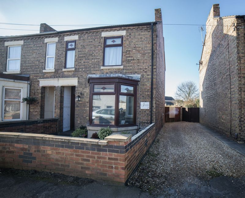 2 bed house for sale in West End 2