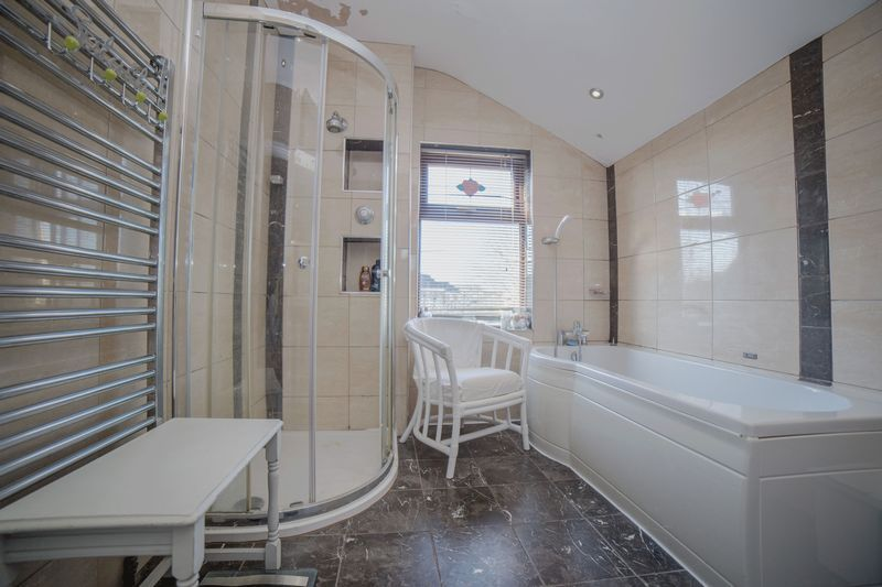 2 bed house for sale in West End 13