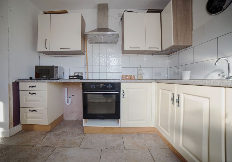 2 bed house for sale in West End 17