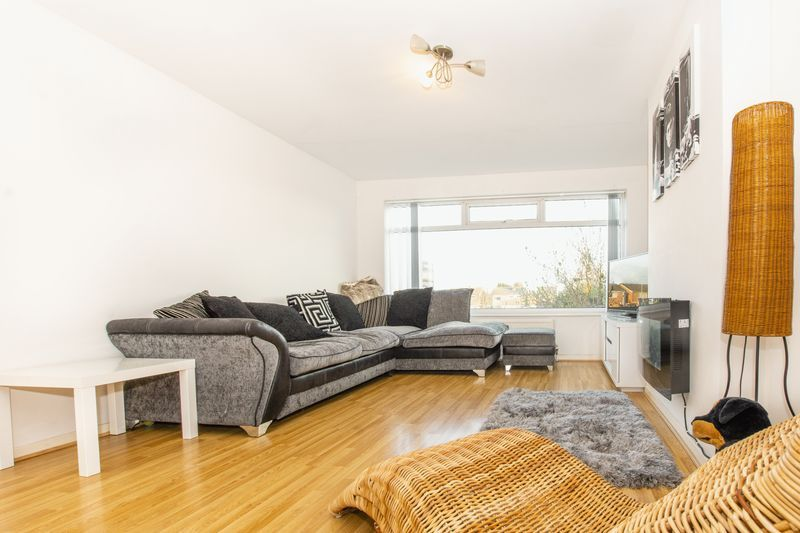 3 bed house for sale in Highfield Walk 1