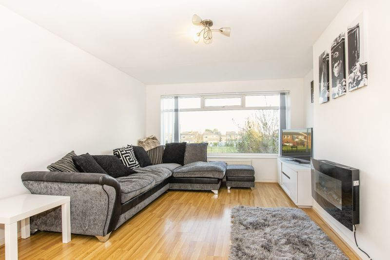 3 bed house for sale in Highfield Walk 3
