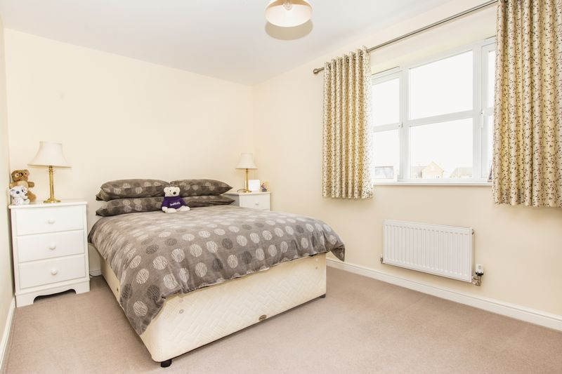 7 bed house for sale in Shackleton Way  - Property Image 17