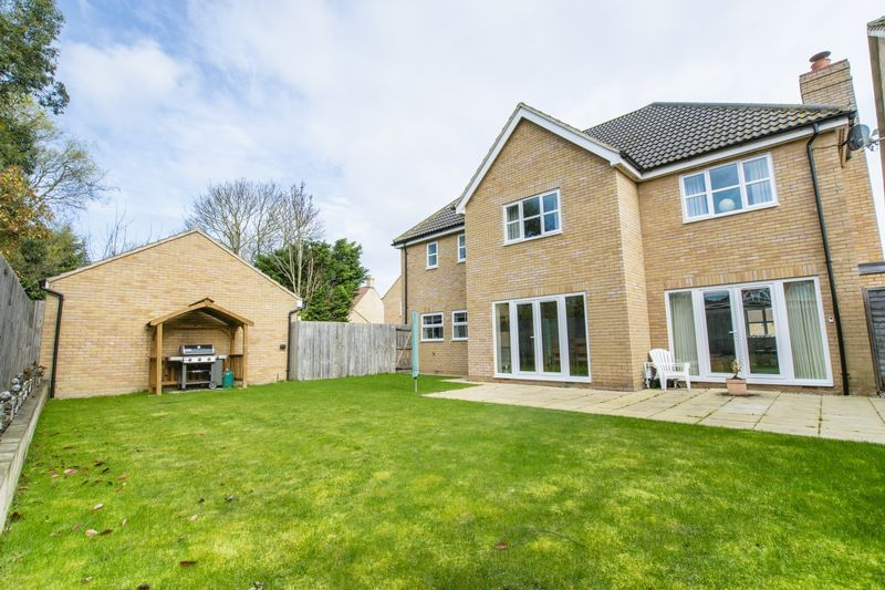 7 bed house for sale in Shackleton Way  - Property Image 22