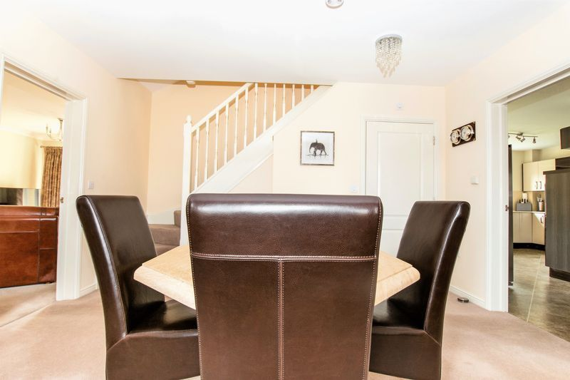 7 bed house for sale in Shackleton Way 8