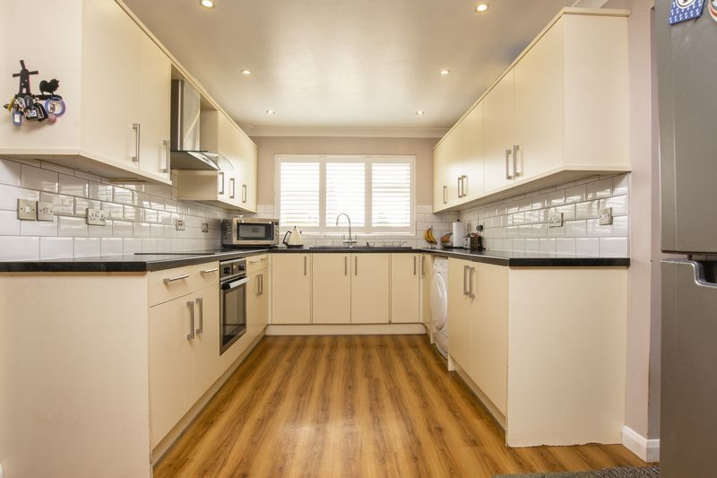 4 bed house for sale in Beauvoir Place 3